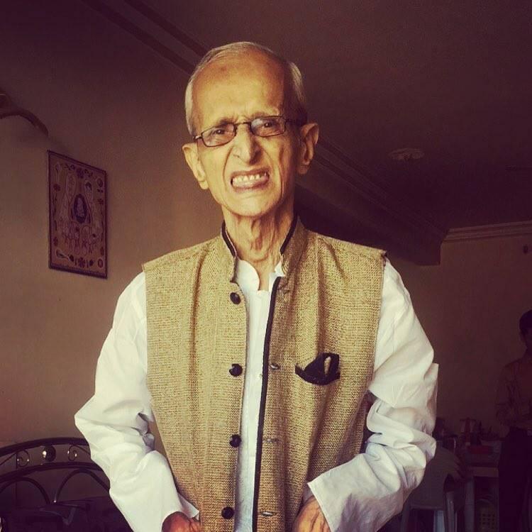 Aneri Vajani Grandfather Pics