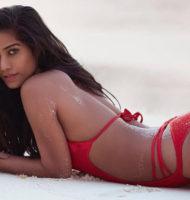 Poonam Pandey Sexy Pics