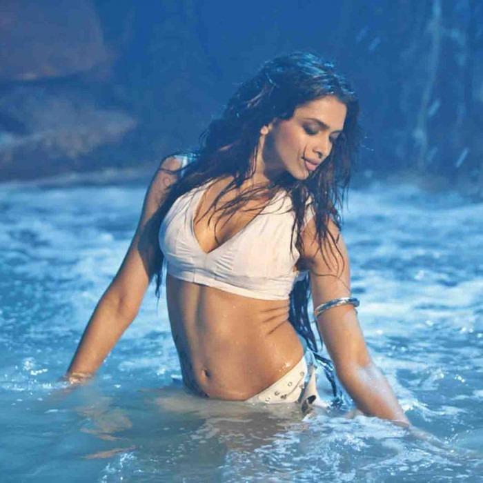 Deepika Padukone song