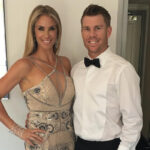 <b>David Warner Wiki: Age, Wife, Records, Stats and Facts To Know!</b>