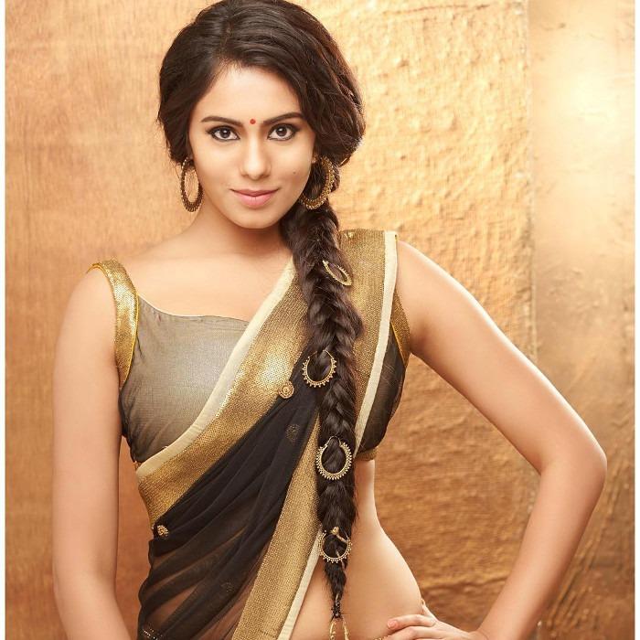 Deepa Sannidhi hot ass