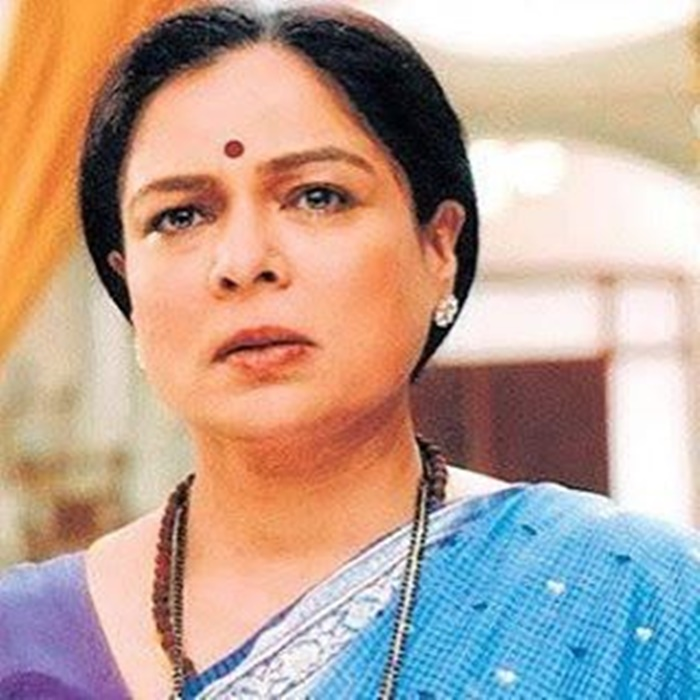 reema lagoo mother