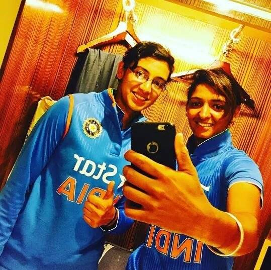 Smriti Mandhana & Harmanpreet Kaur Photos