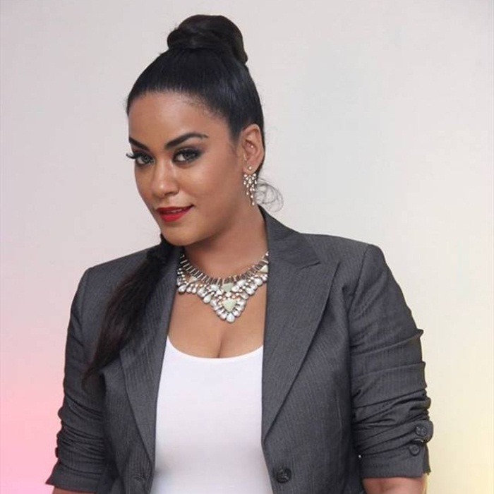 mumaith khan hot