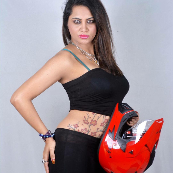arshi khan hot