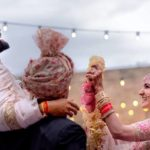 <b>These Virat Kohli &amp; Anushka Sharma's Wedding Pics Will Surely Make You Go &quot;Aww&quot;!</b>